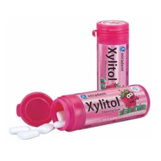 Жевательная резинка с ксилитом Miradent Xylitol со вкусом земляники для детей